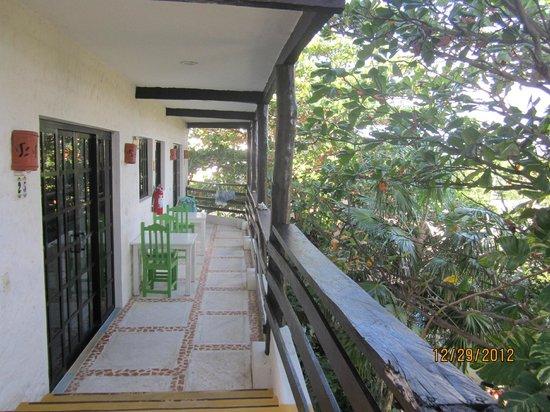 Hotel el Moro: walkway