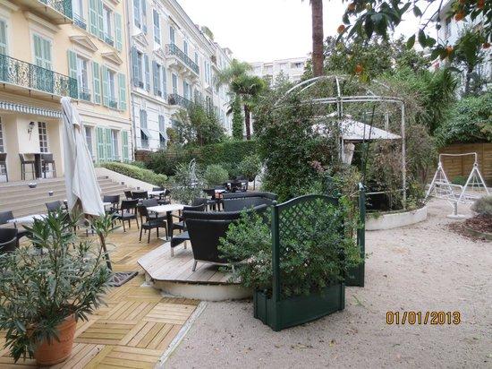 Hotel Villa Victoria: Hotel garden