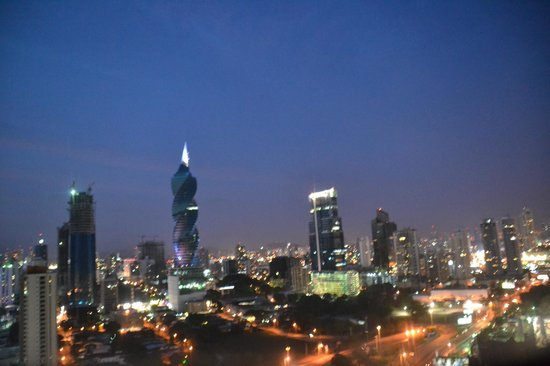 Radisson Decapolis Hotel Panama City: City view
