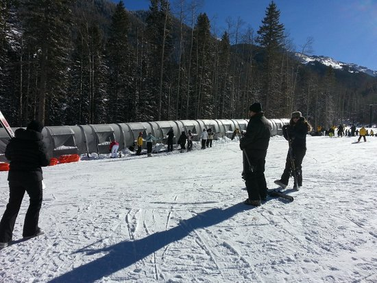 Taos Ski School: Magic carpet ride up the hill for ski school