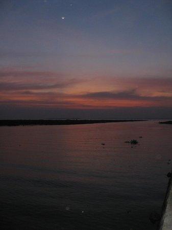 Coconut Lagoon: Sunset