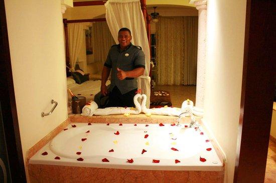 Hotel Majestic Colonial Punta Cana: Ramon Medrano