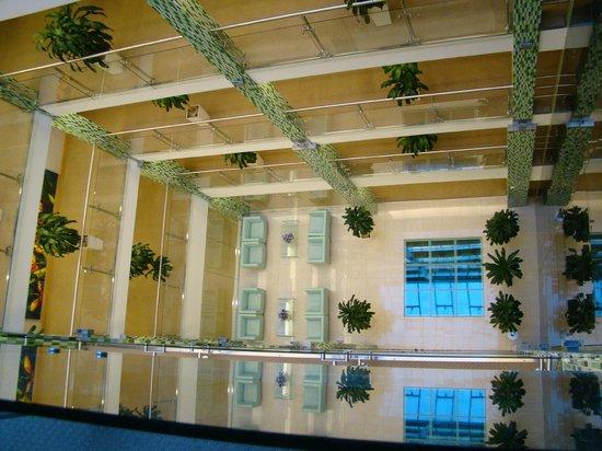NasHotel: Внутренний холл (колодец)