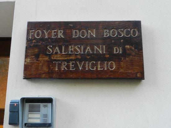 Foyer Don Bosco: Targa d'ingresso