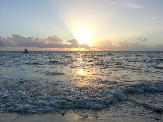 Secrets Capri Riviera Cancun: sunrise