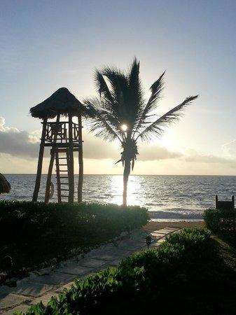 Secrets Capri Riviera Cancun: sunrise 2