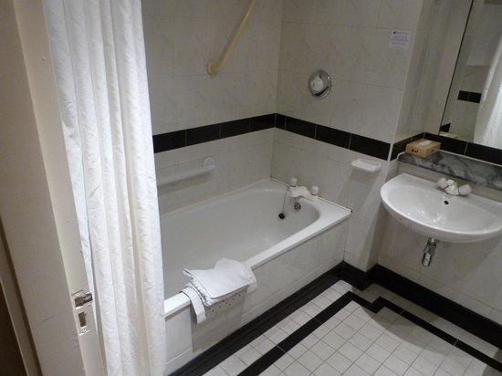 Sligo Park Hotel: Bathroom