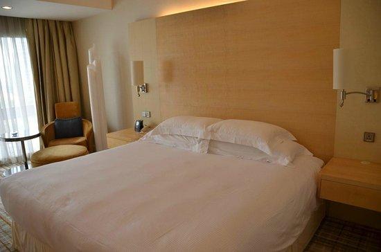 Hilton Singapore: Comfy bed