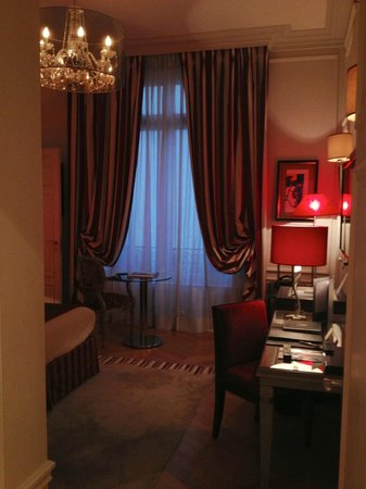 Majestic Hotel Spa: Other master, bad pic, beautiful room:)