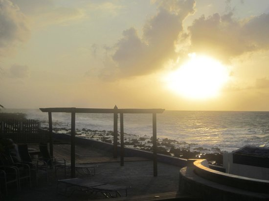Lands End - Ocean Front Lodge: another beautiful sunset