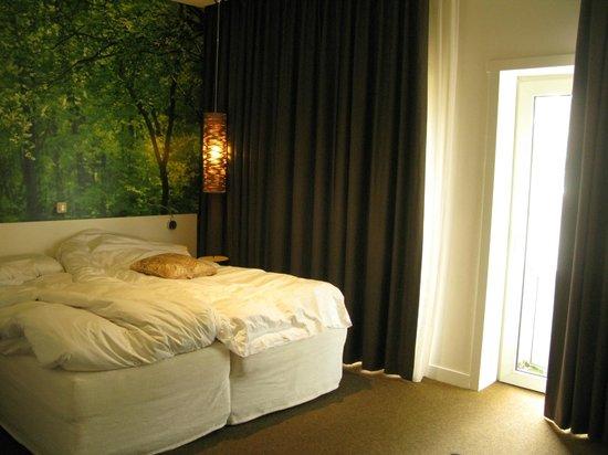 Conscious Hotel Museum Square: Hotel room