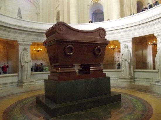 Legermuseum: Napoleons tomb