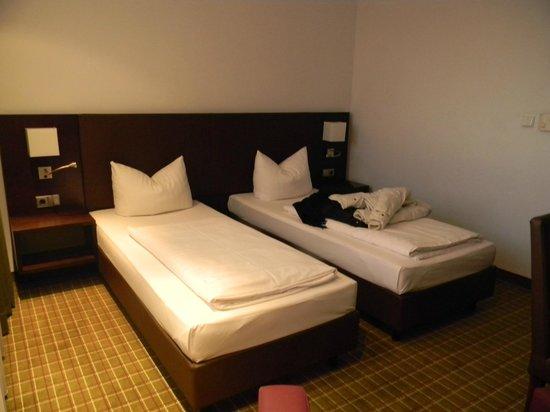 Feringapark Hotel : Camera 2 letti singoli