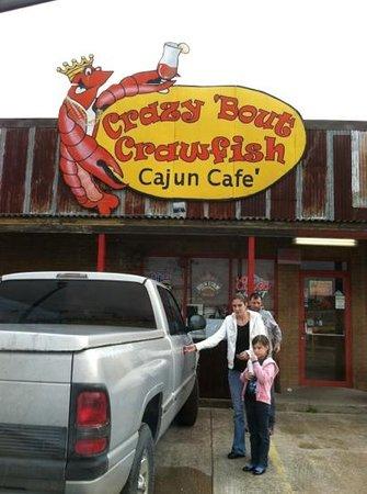 Crazy Bout Crawfish Cajun Cafe : not so crazy