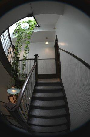 Swiss Hotel: Hallway