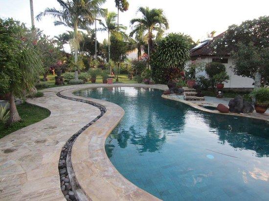 Cabé Bali pool