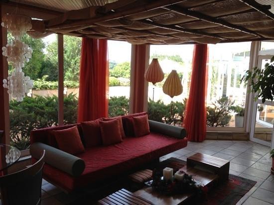 Boutique Hotel Varanda das Bromelias: Sala de leitura