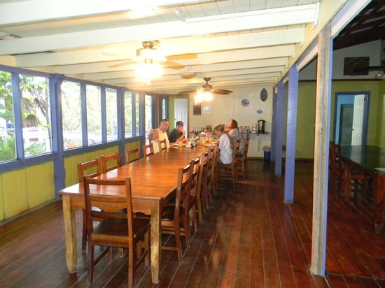 Reef House Resort: dining area
