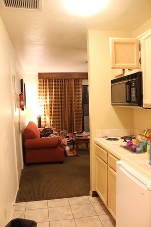 Havasu Dunes: kitchenette & view into living room area
