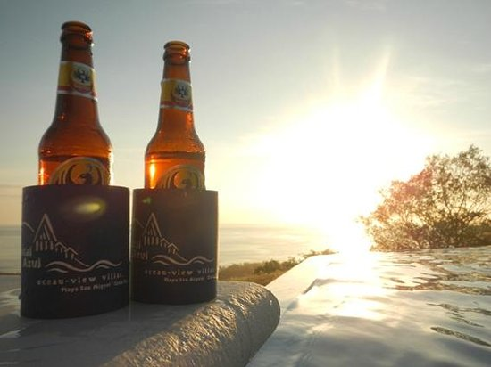 Cristal Azul: Beers at sunset