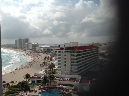 Krystal Grand Punta Cancun: from our room