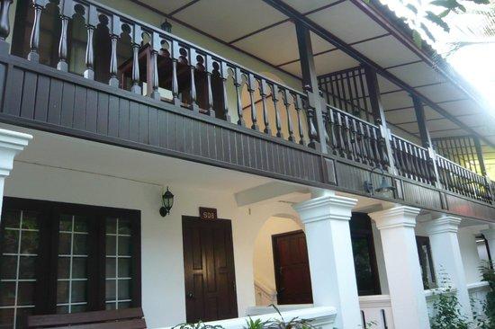 Thavonsouk Resort: Blick auf das Hotelzimmer in der oberen Reihe
