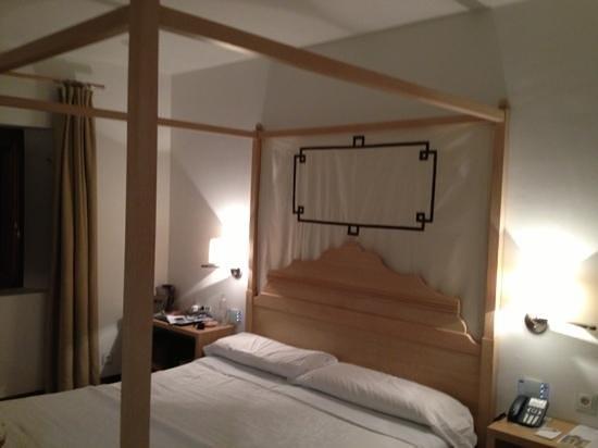 Parador de Granada: Parador Granada: un hotel malgestito in un luogo magnifico