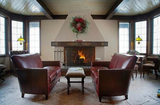 The Nordic Inn: Great Room fireplace seating area