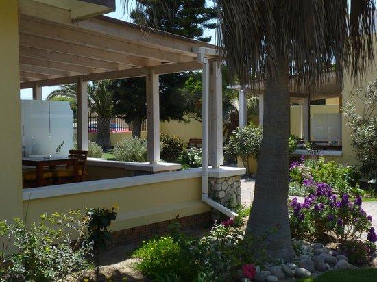 Cornerstone Guesthouse: Außenansicht