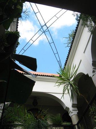 Riad Bamaga Hotel: vue depuis le patio