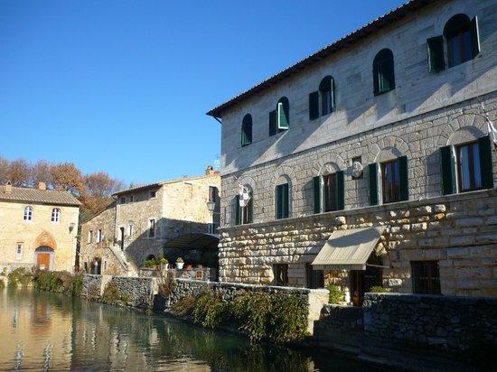 Ristorante la terrazza picture of albergo le terme bagno vignoni tripadvisor - Albergo le terme bagno vignoni ...