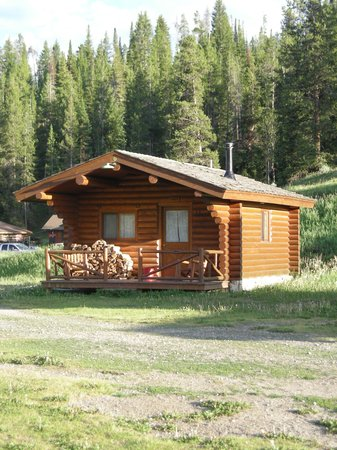 Nine Quarter Circle Ranch: Our Little Cabin