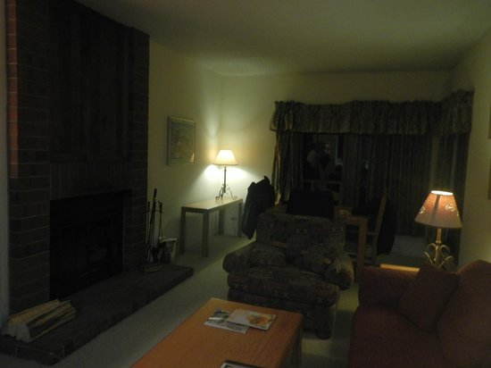 Village at Breckenridge Resort: Living Room