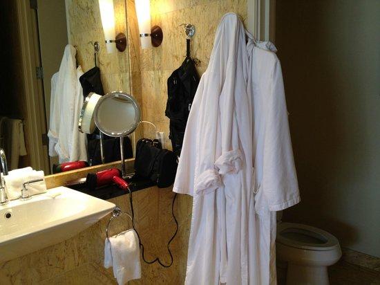 ماندارين أورينتال ميامي: Bathroom Mandarin Oriental Miami