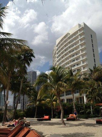 ماندارين أورينتال ميامي: Mandarin Oriental Miami