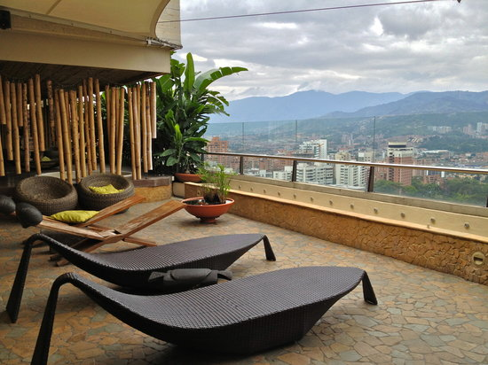 Diez Hotel Categoria Colombia: more roof top area
