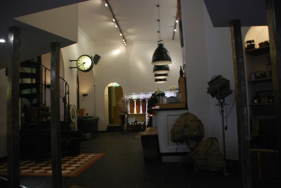 City Backpackers Hostel: Lobby