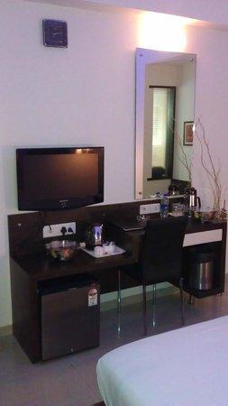 Vihang's Inn: Work Area