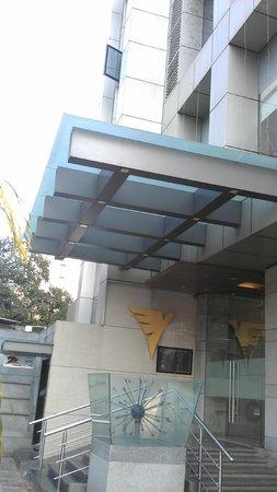 Vihang's Inn: Hotel Entrance