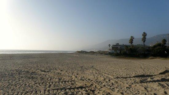 Resultado de imagen para Playa Zuma Beach