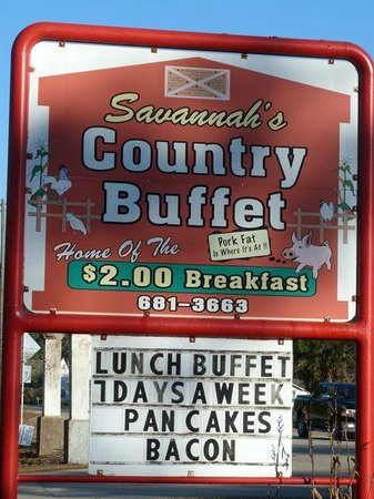 ‪Savannah's Country Buffet‬