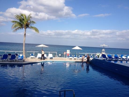 Cozumel Palace: pool