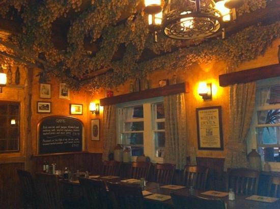 The Black Horse Inn Restaurant: the restaurant area