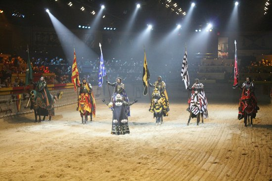 Medieval Times Maryland Castle: The King's knights