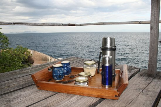 Mumbo Island: Tray with wake up drinks, delivered to your tent every morning