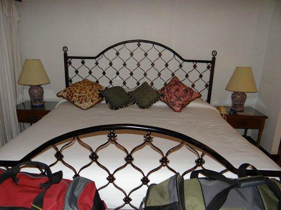 Hotel Atitlan: Room