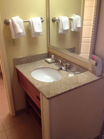 Rosen Centre Hotel: bathroom sink located outside the bathroom