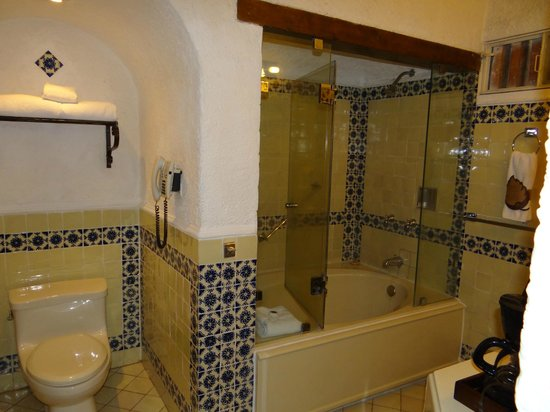 Hotel Museo Spa Casa Santo Domingo: bathroom