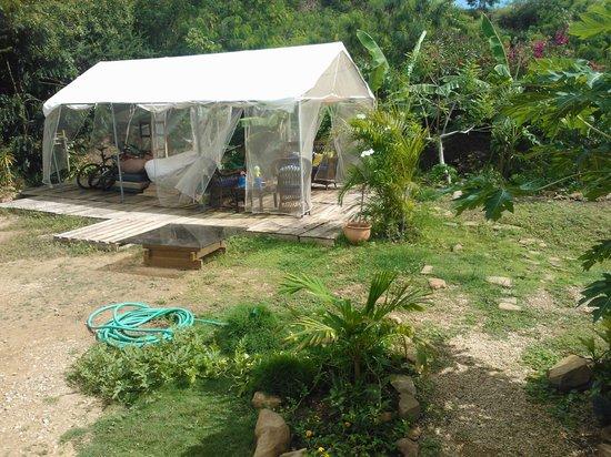 Posada Ananda : Tenda no Quintal, um bom lugar para relaxar...