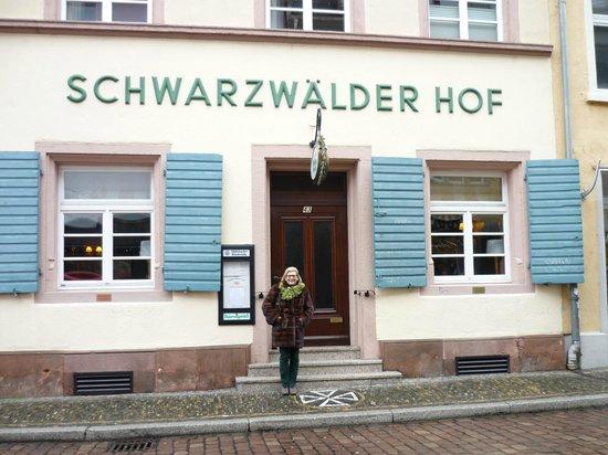 Schwarzwaelder Hof Hotel: L'ingresso del ristorante dell'hotel